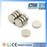 De extra Magneten Met hoge weerstand van de Schijf van het Neodymium van de Magneet van de Magneten van de Sterkte Kleine