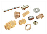 Kupferne Bauteile gebildet von CNC-drehenmaschinell bearbeitenteilen