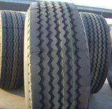 トレーラーのタイヤ