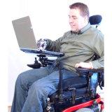 اعملاليّ الحاسوب المحمول يعلو كرسيّ ذو عجلات سلاح مع قابل للتعديل إتجاه وإرتفاع