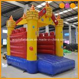 子供のおもちゃ(AQ516)のための膨脹可能な弾力がある城を跳ぶ熱い販売