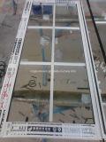 Finestra di vetro di alluminio con le griglie