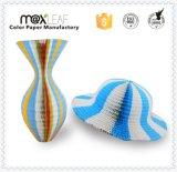 Chapéu de palha básico da forma de papel colorida do chapéu