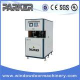 O CNC controla a máquina automática da limpeza do canto da porta do indicador de UPVC