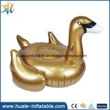 Stuk speelgoed van het Water van de Doughnut van de Zwaan van de Zwaan van de familie het Reuze Opblaasbare voor Vermaak