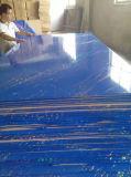 Kurbelgehäuse-BelüftungMDF mit einer seitlichen Farbe