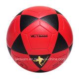 Bekanntmachen rotes lamellierten Fußballs des Belüftung-EVA Training
