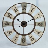 ギヤ形はホーム装飾の木の柱時計の時間を記録する