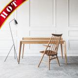 케이블 관리 나무로 되는 가구를 가진 호두 책상 책상