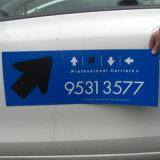 50. Aimants faits sur commande de porte de véhicule, étiquettes magnétiques de collant de véhicule de grande qualité, aimants de véhicule d'immeubles pour l'impression de signes