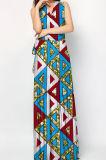 Longs noms de robes avec le modèle africain de femmes de plage d'été d'illustrations