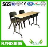 椅子の教室の家具が付いている純木2のシート学生表