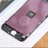 携帯電話のタッチ画面のiPhone 5c LCD
