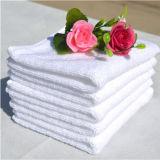珊瑚の羊毛のきれいな洗浄タオル
