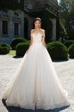 Kler uma linha vestidos de casamento Multilayer com Fishbone