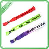 Подарки деятельностям при полиэфира материальные Wristband печатание шелковой ширмы