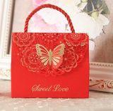 Boîte-cadeau initiale de sucrerie de papier de pâte de bois de qualité supérieur pour la célébration de mariage, boîte portative créatrice à sucrerie