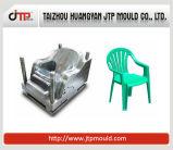 Da cadeira adulta do braço do uso de duas cores molde plástico da cadeira
