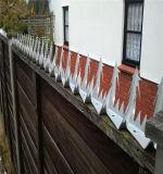 Спайк стены обеспеченностью на верхней ограждая бритве берет фабрику/загородку на острие