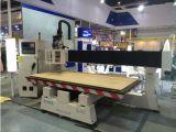 Maquinaria elevada do router do CNC do Woodworking do pórtico para a porta de madeira