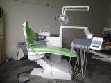 現代ヨーロッパ式の歯科金属の椅子