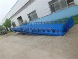 Rampa di caricamento esterna usata semplice del magazzino di funzionamento