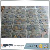 A ardósia de madeira amarela engrenada telha a pedra de pavimentação da bandeira irregular