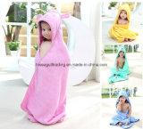 赤ん坊または子供の100%年綿のテリー布から、無地の成っているフード付きの浴室タオル