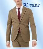 方法新しいカーキ色の偶然のコートの動悸の人のスーツ