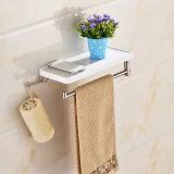 Crochet d'étagère avec la barre d'essuie-main