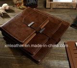 メモ帳が付いている型様式のブラウンの革カバー日記のつなぎ