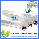 白いSize Polyesterダイヤモンド王のベッドバグのキルトの防水マットレスの保護装置