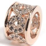 Il fascino geometrico di Zirconia cubico di cristallo naturale placcato argento borda i monili DIY della sfera