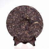 Dez anos de chá cru orgânico velho de Puer de Yunnan
