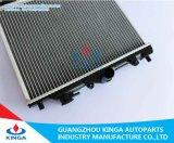 Поставщик Mazda 323 Китая запасной части радиатора автомобиля автоматический
