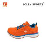 La scarpa da tennis respirabile delle calzature di disegno di modo mette in mostra i pattini correnti per gli uomini