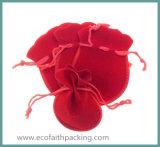 18*23cmのビロードのギフトの袋の在庫の結婚式の好意のビロードの宝石類の袋