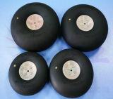 Pneumatische Räder (Plastiknabe) für RC Fläche