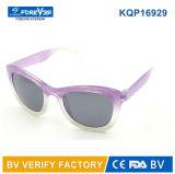 Ce plástico UV400 de la reunión de las gafas de sol de los cabritos del marco Kqp16929