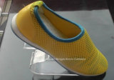 Présentoirs au détail acryliques élégants de chaussure de forme du paquet S