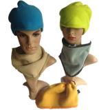 Sombreros polares de la gorrita tejida de la mascarilla del calentador del cuello de la redecilla de las bufandas del paño grueso y suave de los deportes de invierno
