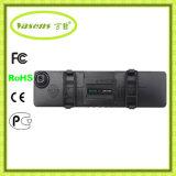 二重レンズ車のバックミラーのカメラ