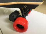 Un pattino elettrico delle 4 rotelle, Kickboard con il periferico