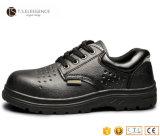 De zwarte Echte Schoenen van de Veiligheid van het Leer Rubber Enige voor Mensen