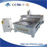 Máquina de madeira FM1530 da porta da estaca da gravura do CNC