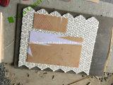 Mattonelle di mosaico di marmo del fiore/mattonelle di marmo bianche di Carrara fatte in Cina