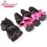 Slacciare l'onda con i capelli pieni del Malaysian della cuticola