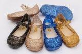 Bowknotの装飾のゼリーの靴(KR1688)が付いているPVC靴