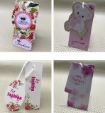 El nuevo diseño imprimió el Hangtag de papel reciclado