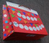 Sacs en papier estampés par coutume intense d'achats de cadeau